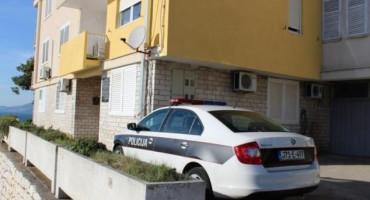 Neumski policajac ganuo jednu mamu do suza