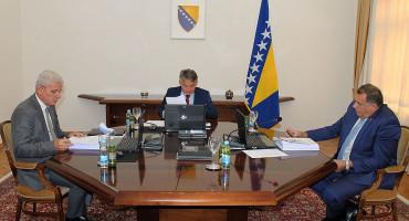 SJEDNICA PREDSJEDNIŠTVA BIH Dodik bio protiv svih odluka na dnevnom redu