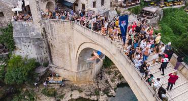 Red Bull natjecatelji očistili okoliš, a stigao je i miljenik mostarske publike
