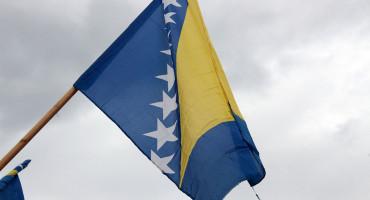 HNŽ Zapaljena državna zastava