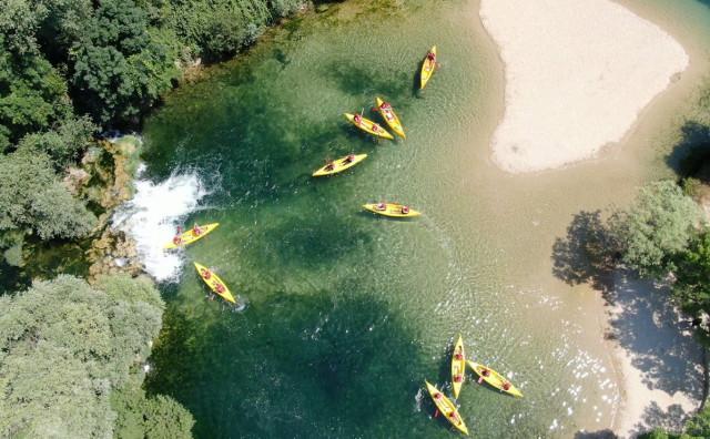 Razmišljate o vikendu? Kanu safari na rijeci Trebižat je savršen obiteljski izlet!