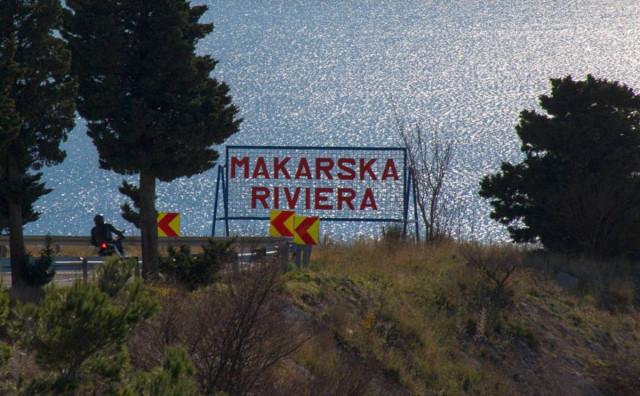 UNATOČ SVEMU Mjesto s Makarske rivijere puno turista iz BiH, sve podsjeća na rekordnu 2019. godinu