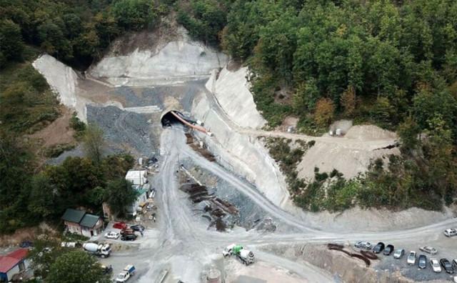 LOVA NESTALA U TUNELU Dogovorili izgradnju tunela za 70 milijuna KM, a onda je na trećini izgradnje nestalo para