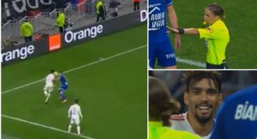"""Sutkinja pokazala žuti karton igraču Lyona jer je pokušao """"poniziti"""" protivnika"""
