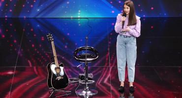 DAME I GOSPODO - LUCIJA ŠARČEVIĆ Rasplakala žiri koji ju je proglasio boginjom glazbe i savršenstvom