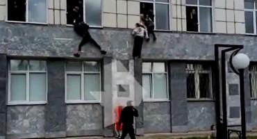 Ušao na sveučilište u Rusiji, ubio više ljudi, studenti bježali kroz prozore