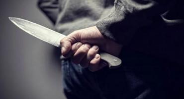 PROZOR-RAMA Muškarca napali i ozlijedili nožem