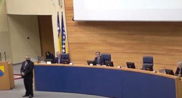 KRIZA VLASTI Srbi nisu došli na sjednicu Parlamenta BiH