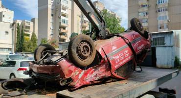 PROMETNA NESREĆA Na cesti Mostar - Blagaj suvozač Opel Corse zadobio teške tjelesne ozljede
