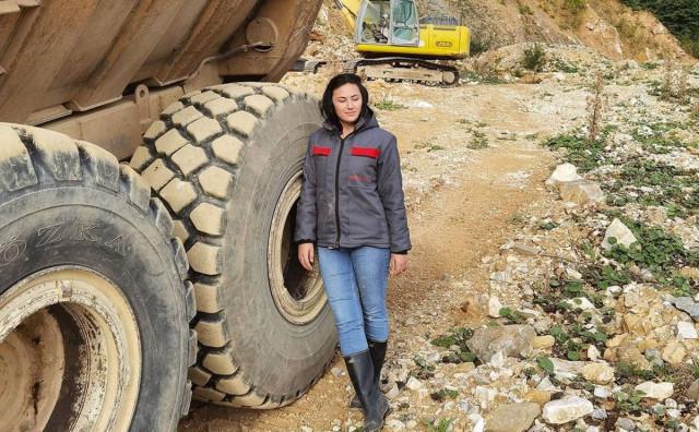 UPOZNAJTE MARIJU Djevojka koja vozi dumper i želi imati vlastiti rudnik