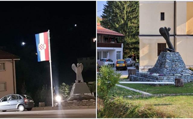 VANDALIZAM U VAREŠU Rušenje države BiH?