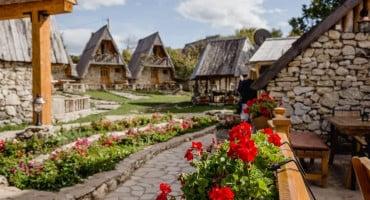 Ovo eko selo u Crnoj Gori morate vidjeti!