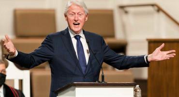 BIVŠI AMERIČKI PREDSJEDNIK Bill Clinton hospitaliziran u Kaliforniji