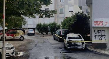 MOSTARSKE VATRENE NOĆI U potpunostio izgorio Volkswagen Bora