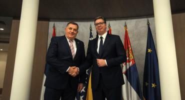 SASTANAK U BEOGRADU Vučić poziva na dijalog, a Dodik se želi žrtvovati za RS