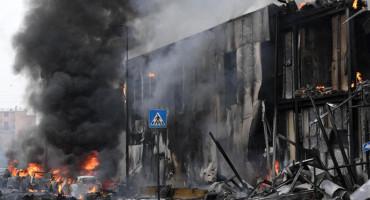 Zrakoplov se kod Milana srušio na zgradu: Poginuli svi putnici, među njima i dijete