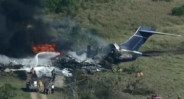 RAVNO ČUDU Zrakoplov s preko 20 putnika se srušio, a svi preživjeli pad