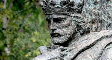 BENJAMINA KARIĆ Sarajevo diže spomenik kralju Tvrtku I Kotromaniću