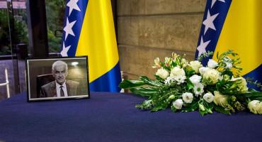 Pokop ministra Mandića u subotu na Buni, u Sarajevu otvorena knjiga žalosti