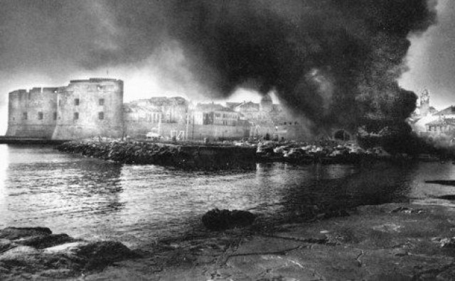NA DANAŠNJI DAN Trinaest tisuća vojnika napalo Dubrovnik i jug Hrvatske s kopna, mora i zraka