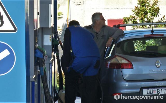 EVO GDJE Na jednoj benzinskoj u Federaciji 80 posto kupaca su Dubrovčani